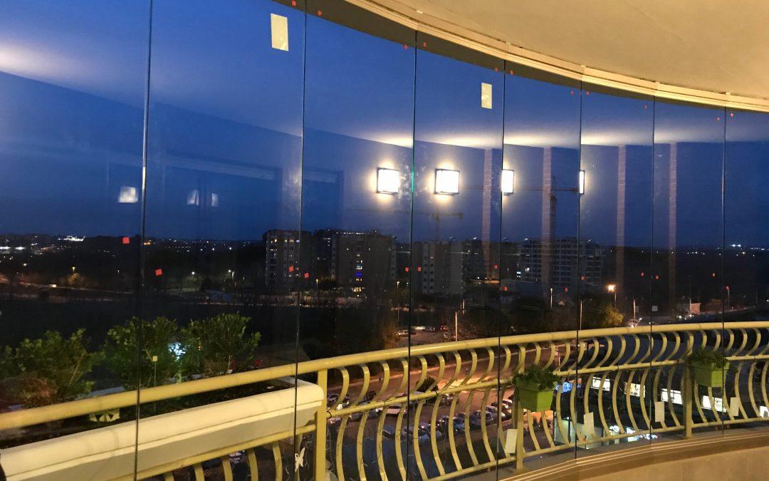 Tipologie di vetrate panoramiche: luminosità e design